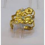 گوشواره برگ گل طرح الماس روکش آب طلا